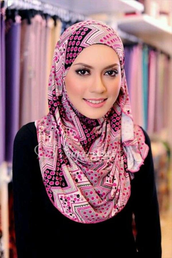 latest simple hijab style
