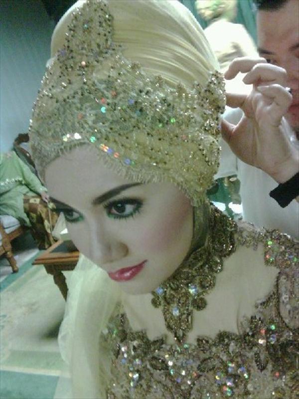 modern hijab scarf for wedding