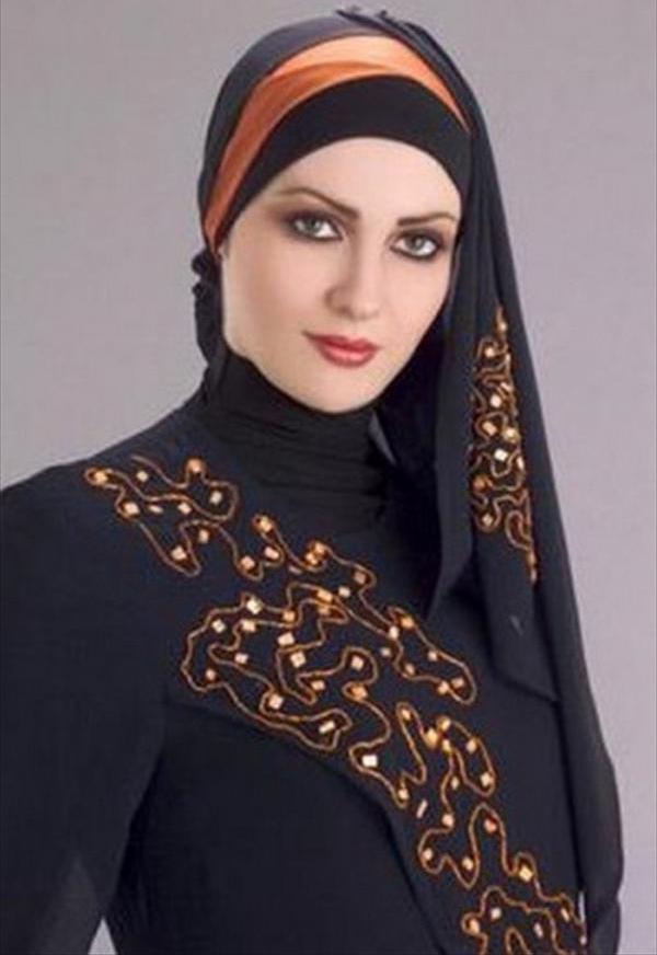 woman hijab style